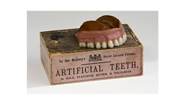 Artifical teeth